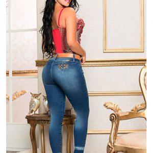 Jeans levanta cola colombianos